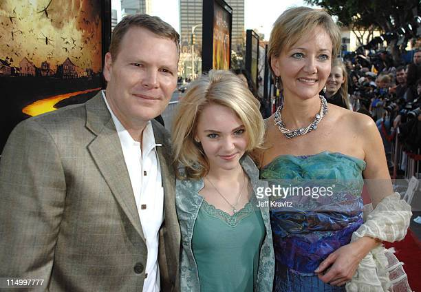 Dave Robb AnnaSophia Robb and Janet Robb during 'The Reaping' Los Angeles Premiere Red Carpet at Mann Village Theater in Westwood California United...