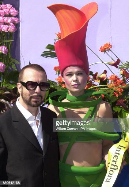 Dave Stewart of Eurythmics fame and Interflora's 'human flower' open the fifth Covent Garden Flower Festival in London Wednesday 20 June 2001 The...