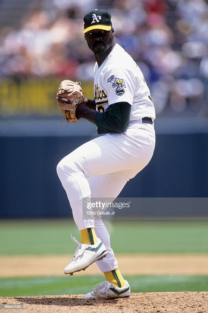 Dave Stewart of the Oakland Athletics pitches during an MLB game against the Seattle Mariners on June 24 1992 at OaklandAlameda County Coliseum in...