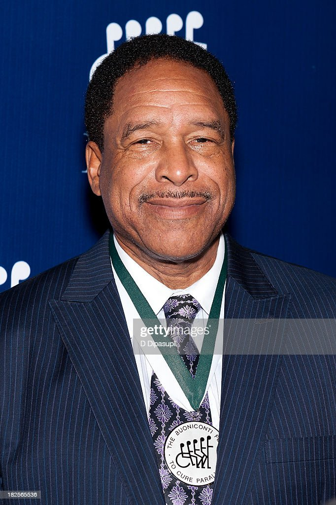 <a gi-track='captionPersonalityLinkClicked' href=/galleries/search?phrase=Dave+Winfield+-+Baseball+Player&family=editorial&specificpeople=203117 ng-click='$event.stopPropagation()'>Dave Winfield</a> attends the 28th Annual Great Sports Legends Dinner to Benefit The Buoniconti Fund To Cure Paralysis at The Waldorf=Astoria on September 30, 2013 in New York City.
