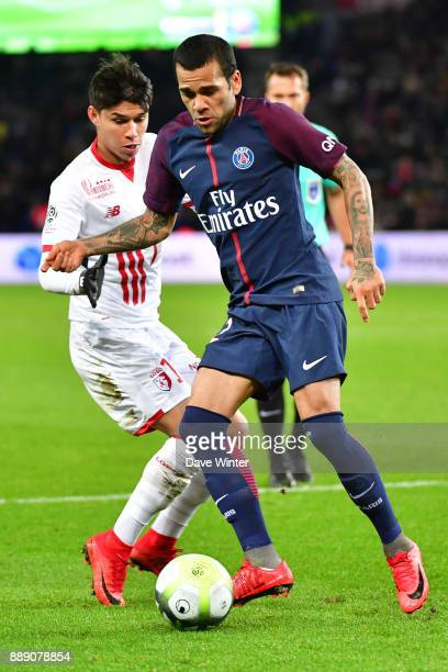 Davi Alves of PSG and Luiz Araujo of Lille during the Ligue 1 match between Paris Saint Germain and Lille OSC at Parc des Princes on December 9 2017...