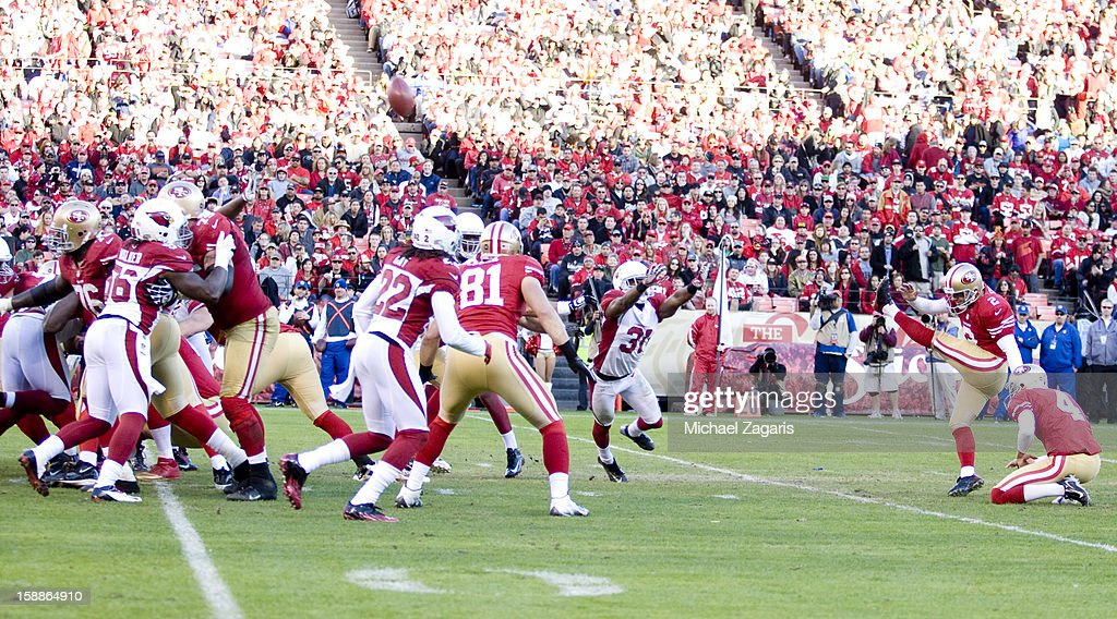 David Akers #2 of the San Francisco 49ers kicks a 43-yard field goal during the game against the Arizona Cardinals at Candlestick Park on December 30, 2012 in San Francisco, California. The 49ers defeated the Cardinals 27-13.