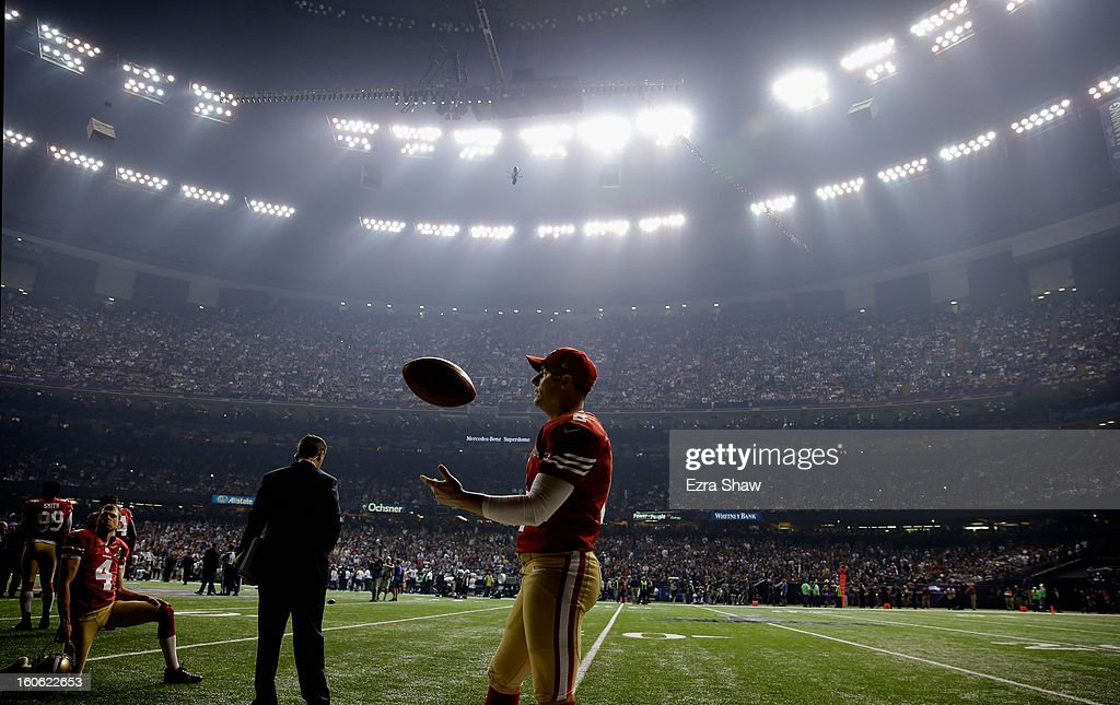 David Akers #2 of the San Francisco 49ers waits during a power outage that occurred in the third quarter that caused a 34-minute delay during Super Bowl XLVII against the Baltimore Ravens at the Mercedes-Benz Superdome on February 3, 2013 in New Orleans, Louisiana.