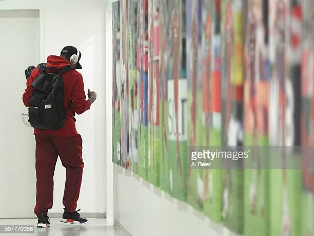 David Alaba of Bayern Muenchen arrives at the players' tunnel before the Bundesliga match between FC Bayern Muenchen and 1899 Hoffenheim at Allianz...