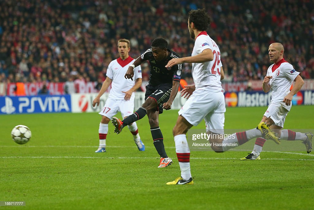 <a gi-track='captionPersonalityLinkClicked' href=/galleries/search?phrase=David+Alaba&family=editorial&specificpeople=5494608 ng-click='$event.stopPropagation()'>David Alaba</a> (C) of Muenchen battles for the ball with Marko Basa (2nd R) of Lille and his team mates Florent Balmont (L) and <a gi-track='captionPersonalityLinkClicked' href=/galleries/search?phrase=Benoit+Pedretti&family=editorial&specificpeople=714997 ng-click='$event.stopPropagation()'>Benoit Pedretti</a> (L) during the UEFA Champions League group F match between FC Bayern Muenchen and LOSC Lille at Allianz Arena on November 7, 2012 in Munich, Germany.