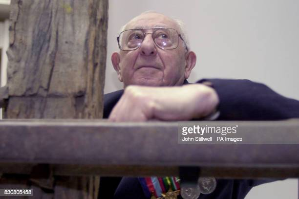 David Arkush aged 87 who was a dentist in a Japanese prisoner of war camp and worker on the infamous BurmaThailand railway meets over a hundred...