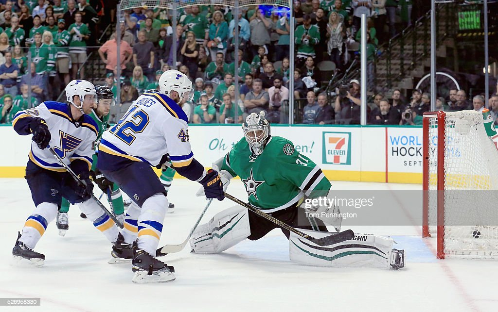 David Backes #42 of the St. Louis Blues scores the game winning goal against Antti Niemi #31 of the Dallas Stars in overtime in Game Two of the Western Conference Second Round during the 2016 NHL Stanley Cup Playoffs at American Airlines Center on May 1, 2016 in Dallas, Texas.
