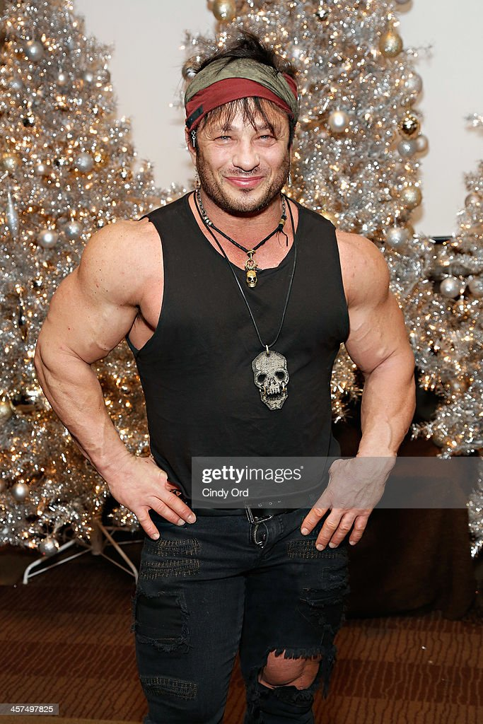 <a gi-track='captionPersonalityLinkClicked' href=/galleries/search?phrase=David+Barton+-+Body+Builder&family=editorial&specificpeople=4547890 ng-click='$event.stopPropagation()'>David Barton</a> Gym owner <a gi-track='captionPersonalityLinkClicked' href=/galleries/search?phrase=David+Barton+-+Body+Builder&family=editorial&specificpeople=4547890 ng-click='$event.stopPropagation()'>David Barton</a> attends the 'Tis The Season' annual toy drive hosted by Susanne Bartsch and <a gi-track='captionPersonalityLinkClicked' href=/galleries/search?phrase=David+Barton+-+Body+Builder&family=editorial&specificpeople=4547890 ng-click='$event.stopPropagation()'>David Barton</a> on December 17, 2013 in New York City.
