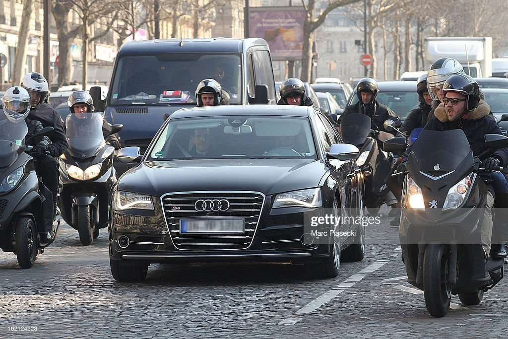 <a gi-track='captionPersonalityLinkClicked' href=/galleries/search?phrase=David+Beckham&family=editorial&specificpeople=158480 ng-click='$event.stopPropagation()'>David Beckham</a> and his son Brooklyn are surrounded by photographers as they are on their way to the PSG training camp at on February 19, 2013 in Paris, France.