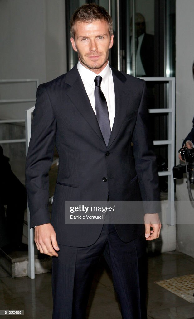 David Beckham arrives at the Emporio Armani show as part of Milan Fashion Week Autumn/Winter 2009/2010 Menswear on January 18 2009 in Milan Italy