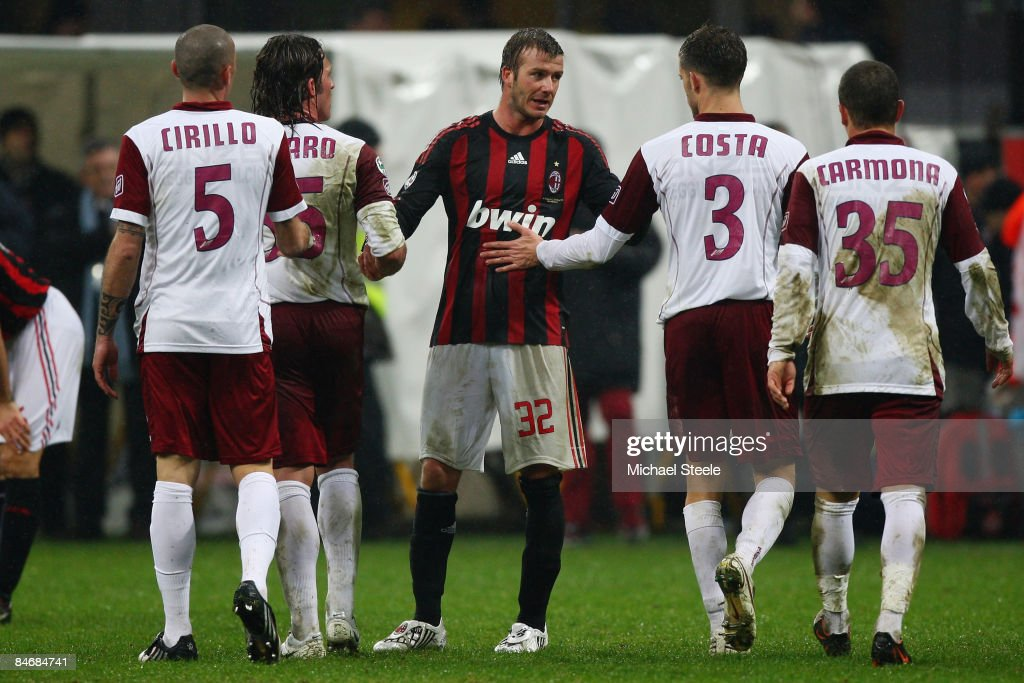 David Beckham of Milan shakes the hands of the Reggina players after the 11 draw during the Serie A match between AC Milan and Reggina at the San...