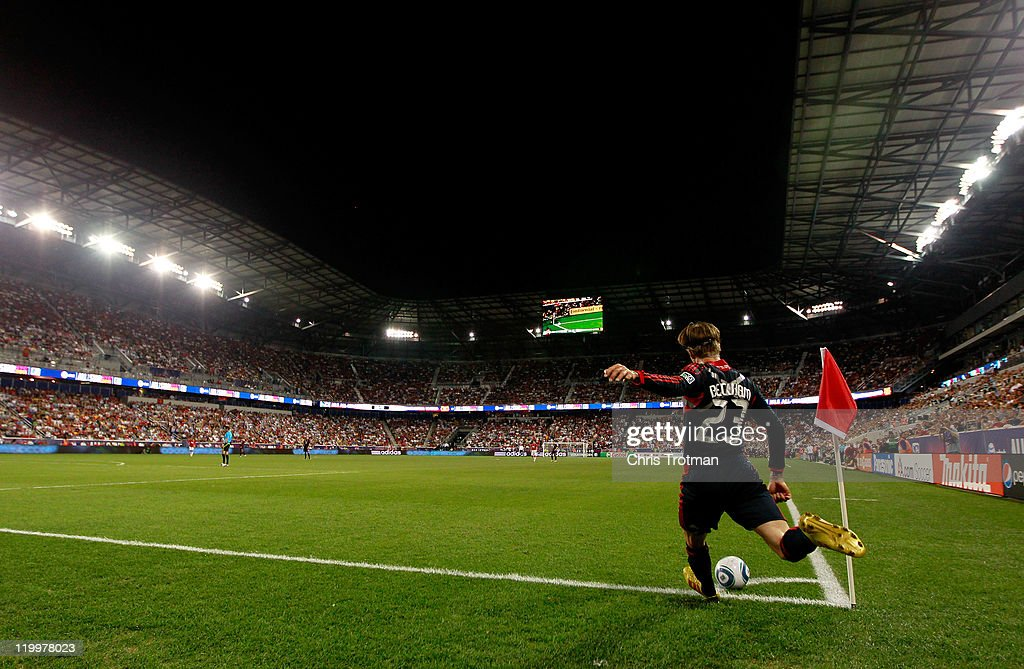 <a gi-track='captionPersonalityLinkClicked' href=/galleries/search?phrase=David+Beckham&family=editorial&specificpeople=158480 ng-click='$event.stopPropagation()'>David Beckham</a> #23 of the MLS All-Stars shoots a corner kick against the Manchester United during the first half of the MLS All-Star Game at Red Bull Arena on July 27, 2011 in Harrison, New Jersey.
