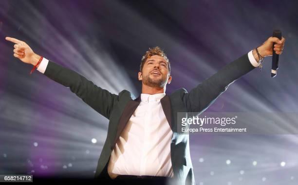 David Bisbal performs during 'La Noche de Cadena 100' at the Palacio de los Deportes on March 25 2017 in Madrid Spain