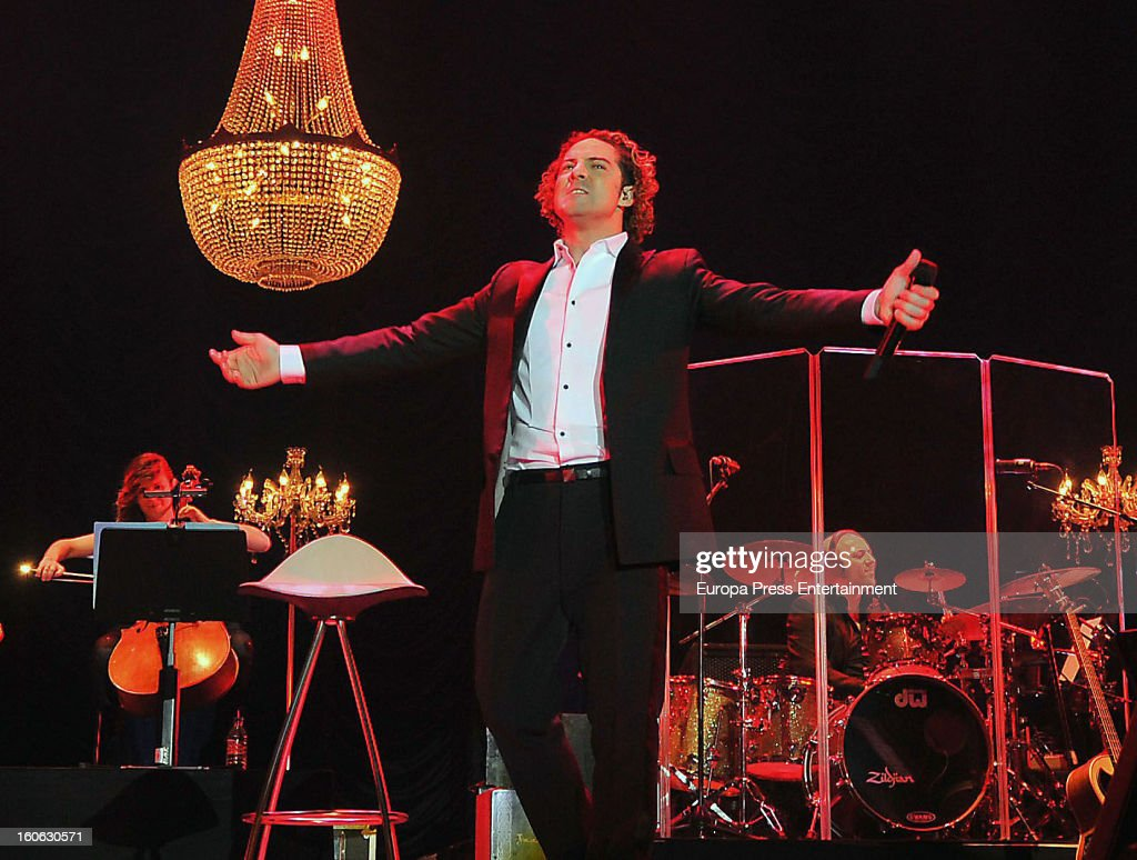<a gi-track='captionPersonalityLinkClicked' href=/galleries/search?phrase=David+Bisbal&family=editorial&specificpeople=206469 ng-click='$event.stopPropagation()'>David Bisbal</a> performs on stage on February 2, 2013 in Barcelona, Spain.