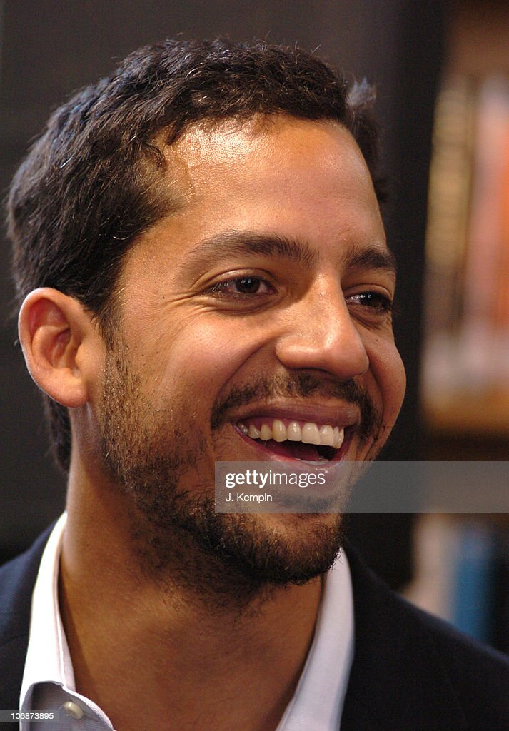 <b>David Blaine</b> during <b>David Blaine</b> Brings Magic To Libraries As Spokesman. - david-blaine-during-david-blaine-brings-magic-to-libraries-as-for-picture-id106873895
