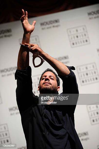 David Blaine reveals the secrets of Houdini's escapes to children at the opening of The Jewish Museum's 'Houdini Art and Magic' at The Jewish Museum...