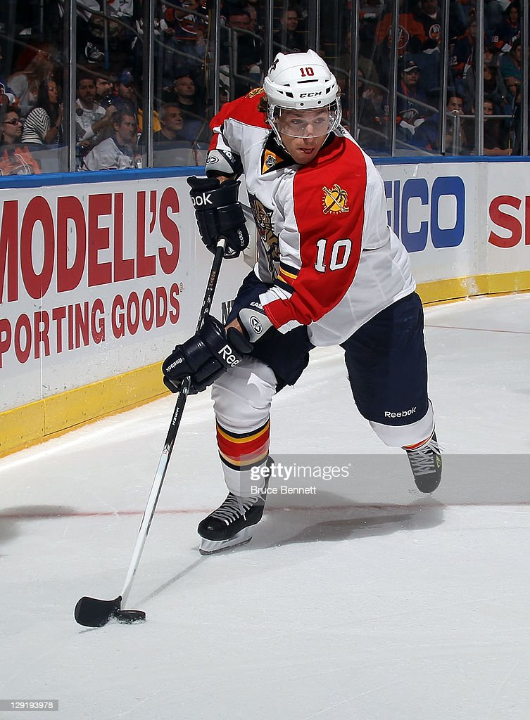 David Booth of the Florida Panthers skates against the New York Islanders at the Nassau Veterans Memorial Coliseum on October 8 2011 in Uniondale New...