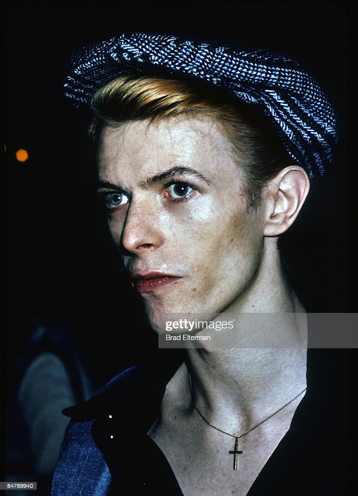<a gi-track='captionPersonalityLinkClicked' href=/galleries/search?phrase=David+Bowie&family=editorial&specificpeople=171314 ng-click='$event.stopPropagation()'>David Bowie</a> at a party in Los Angeles, California. **EXCLUSIVE**
