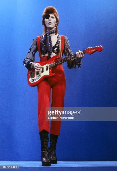 David Bowie performs 'Rebel Rebel' on the TV show TopPop on 7th February 1974 in Hilversum Netherlands He plays a Hagstrom Kent guitar