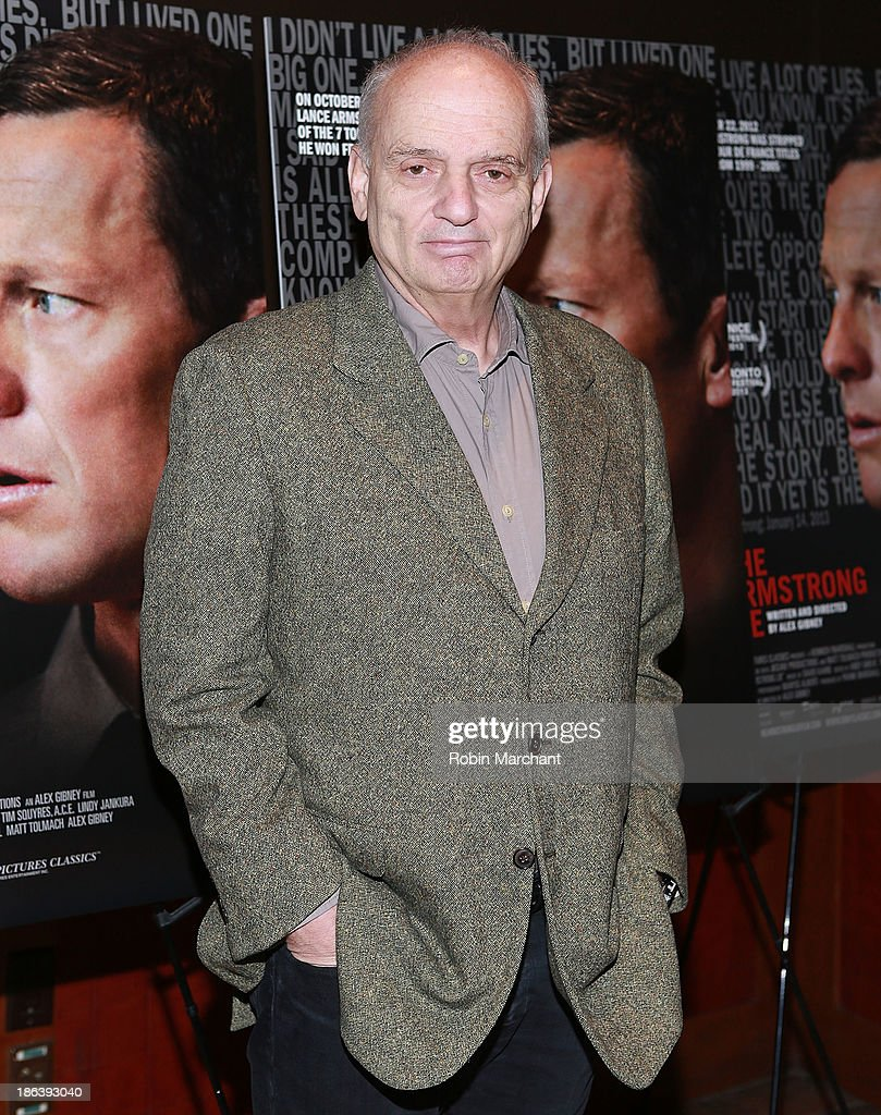 <a gi-track='captionPersonalityLinkClicked' href=/galleries/search?phrase=David+Chase&family=editorial&specificpeople=657831 ng-click='$event.stopPropagation()'>David Chase</a> attends 'The Armstrong Lie' New York premiere at Tribeca Grand Hotel on October 30, 2013 in New York City.