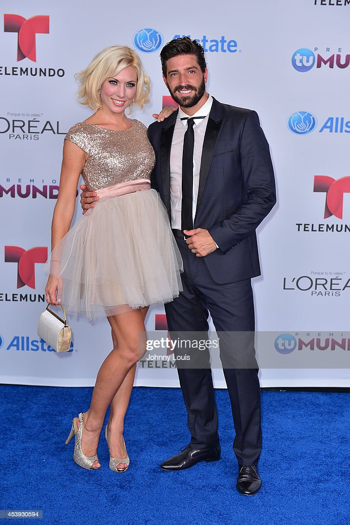 David Chocarro arrives at Telemundo's Premios Tu Mundo Awards 2014 at American Airlines Arena on August 21, 2014 in Miami, Florida.