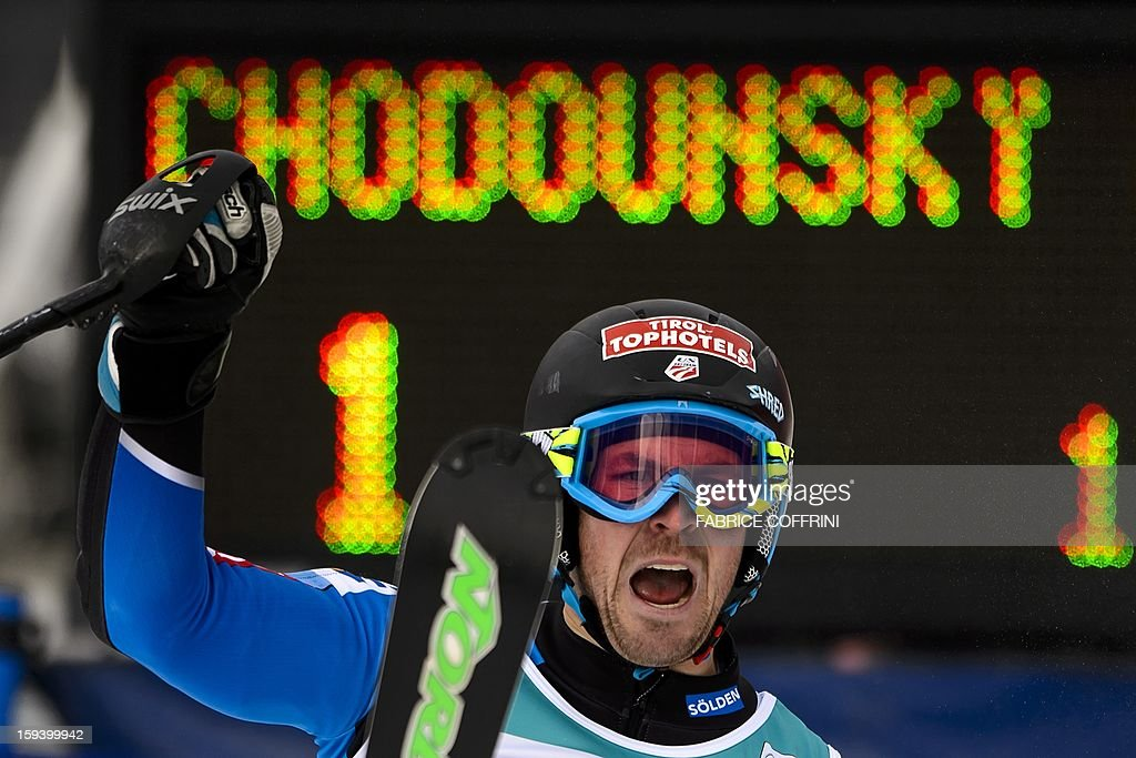 US' David Chodounsky reacts on January 13, 2013 after he placed 10th in the men's giant slalom race of the FIS Alpine Skiing World Cup in Adelboden. AFP PHOTO / FABRICE COFFRINI