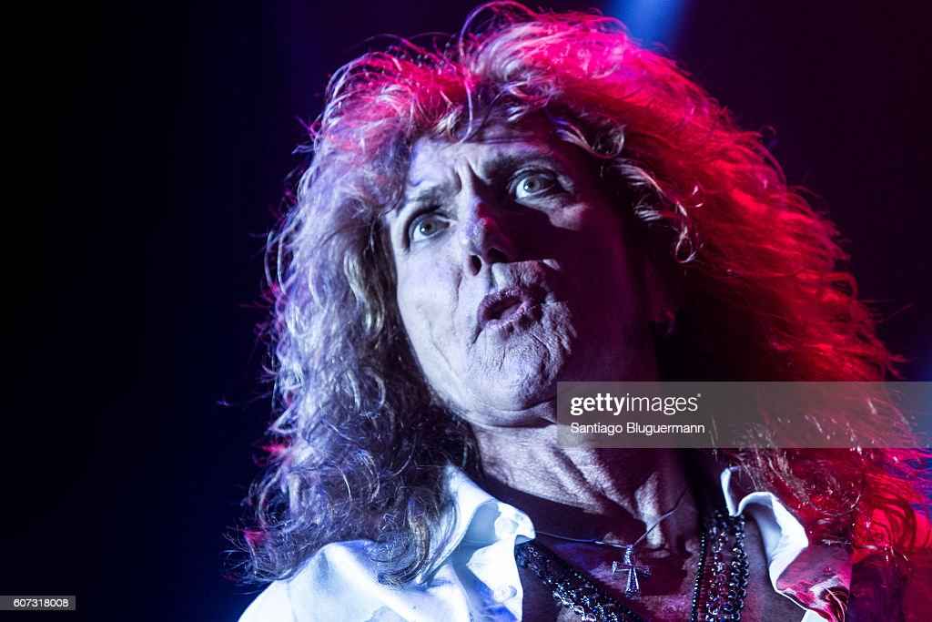 David Coverdale performs during Whitesnake The Greatest Hits Tour 2016 at Estadio Malvinas Argentinas on September 16, 2016 in Buenos Aires, Argentina.
