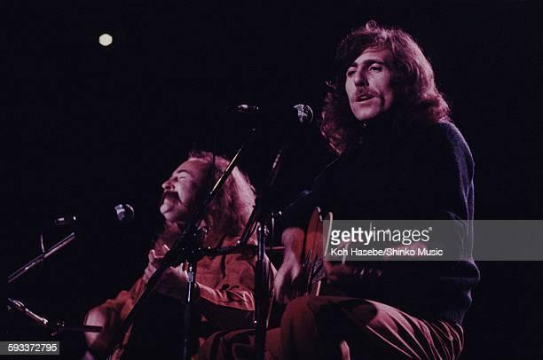 David Crosby Graham Nash live at Nippon Budokan Tokyo December 1975