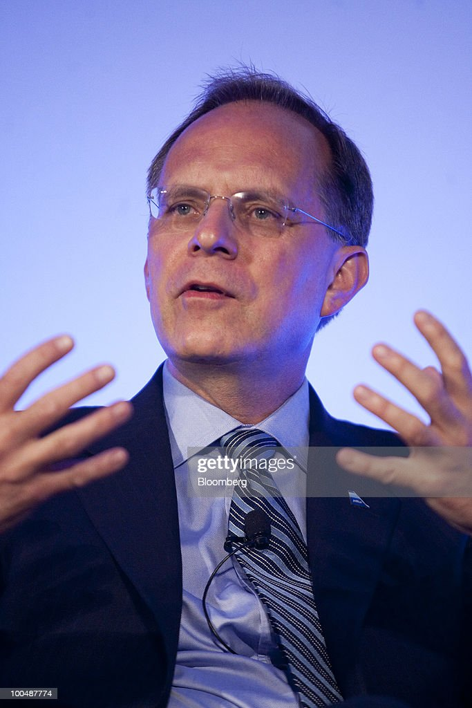 David 'Dave' Barger, president and chief executive officer of JetBlue Airways Corp., speaks during the Compliance Week annual conference in Washington, D.C., U.S., on Monday, May 24, 2010. American Airlines will use an agreement with JetBlue to expand its foothold in New York, the world'slargest travel market, and counter growth by Delta Air Lines. Photographer: Andrew Harrer/Bloomberg via Getty Images