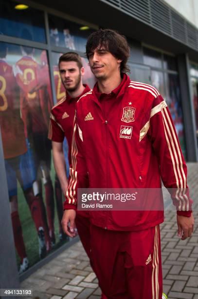 David de Gea and Ander Iturraspe of Spain arrive for a press conference at Ciudad del Futbol on May 28 2014 in Las Rozas de Madrid Spain