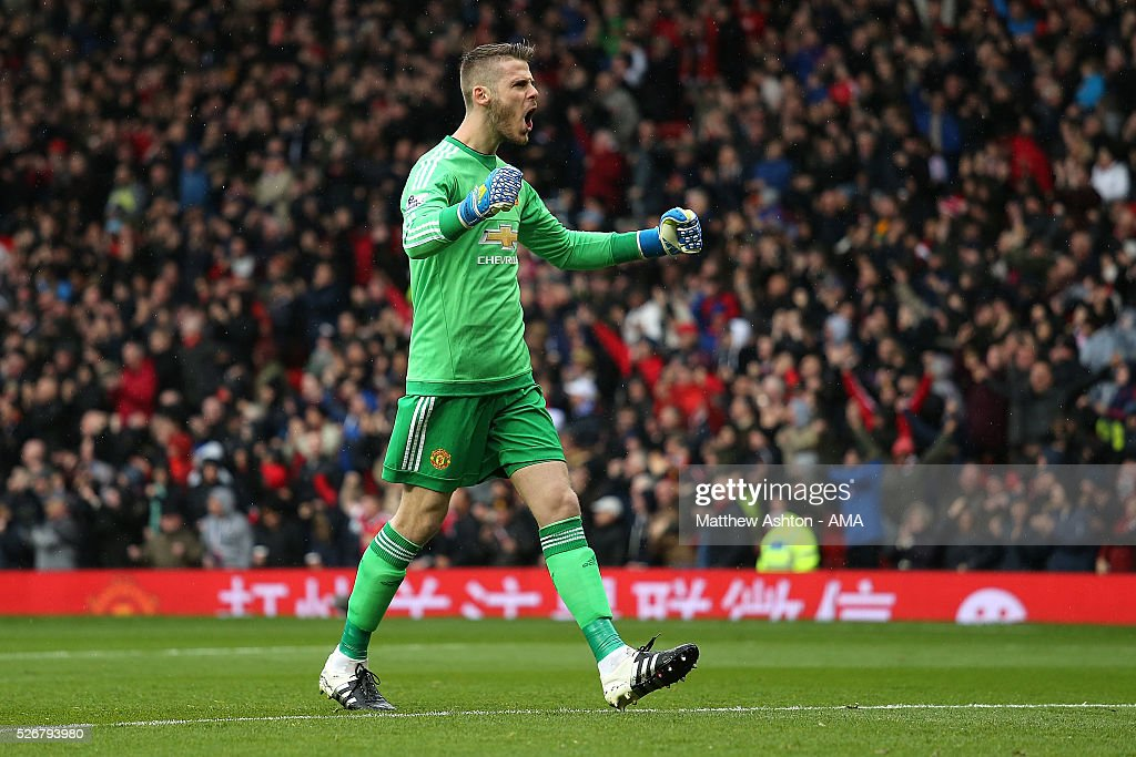 <a gi-track='captionPersonalityLinkClicked' href=/galleries/search?phrase=David+de+Gea&family=editorial&specificpeople=3000749 ng-click='$event.stopPropagation()'>David de Gea</a> of Manchester United celebrates his team's first goal during the Barclays Premier League match between Manchester United and Leicester City at Old Trafford on May 1, 2016 in Manchester, United Kingdom.