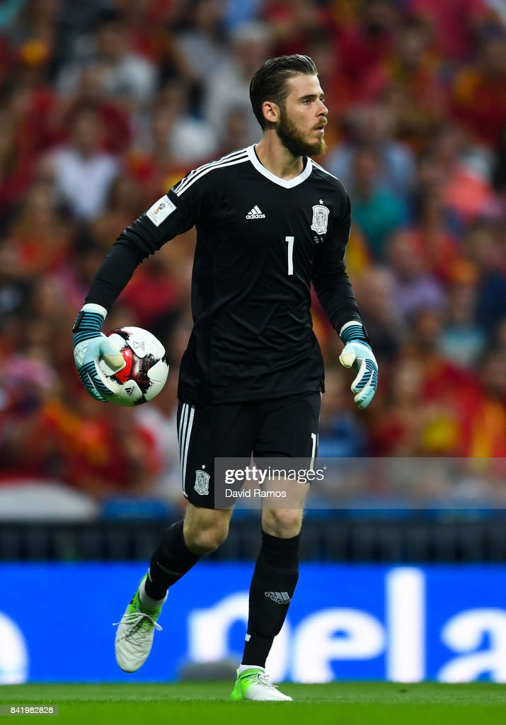 PSV GDB | Feyenoord GDB | Ajax UPDATE | ABIEL-KITS - Page 3 David-de-gea-of-spain-looks-on-during-the-fifa-2018-world-cup-spain-picture-id841982828
