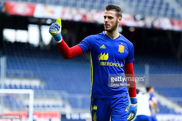 David de Gea of Spain waves to the fans as he leaves the pitch after the warm up before the kickoff during an international friendly match between...