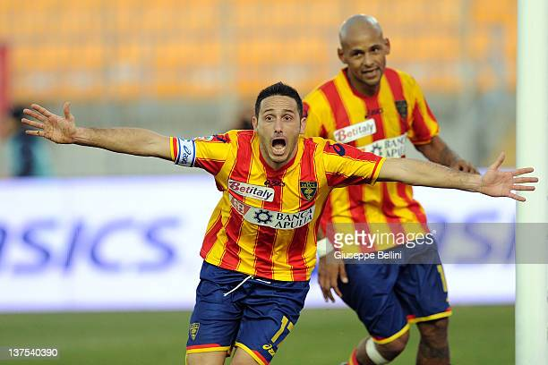 David Di Michele of Lecce celebrates after scoring the goal 22 during the Serie A match between US Lecce and AC Chievo Verona at Stadio Via del Mare...