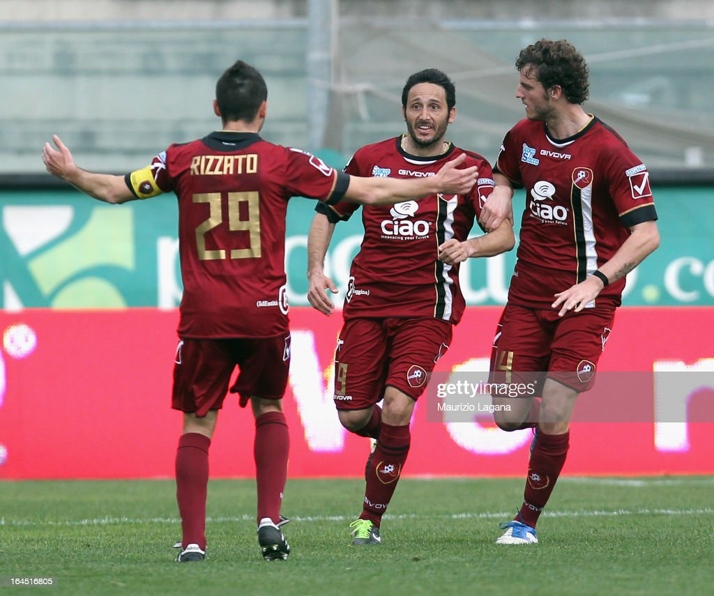David Di Michele of Reggina celebrates after scoring the equalizing goal during the Serie B match between Reggina Calcio and SS Juve Stabia at Stadio...