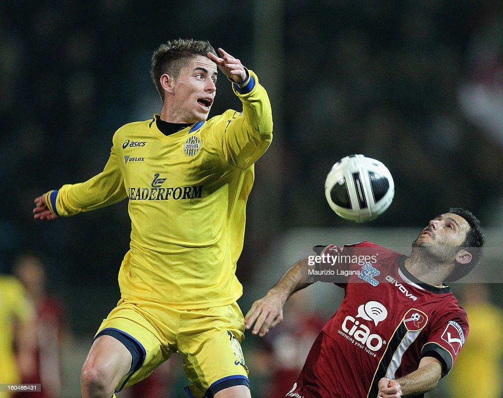 David Di Michele (R) of Reggina competes for the ball in air with Jorginho of Verona during the Serie B match between Reggina Calcio and Hellas Verona at Stadio Oreste Granillo on February 1, 2013 in Reggio Calabria, Italy.