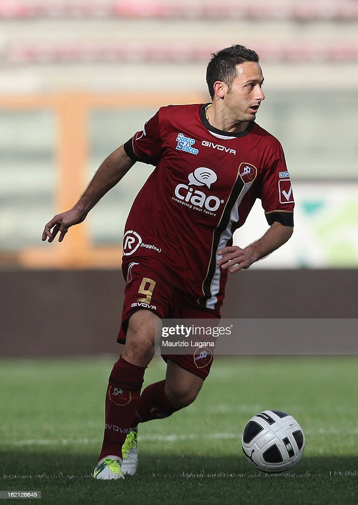 David Di Michele of Reggina during the Serie B match between Reggina Calcio and Calcio Padova on February 16, 2013 in Reggio Calabria, Italy.