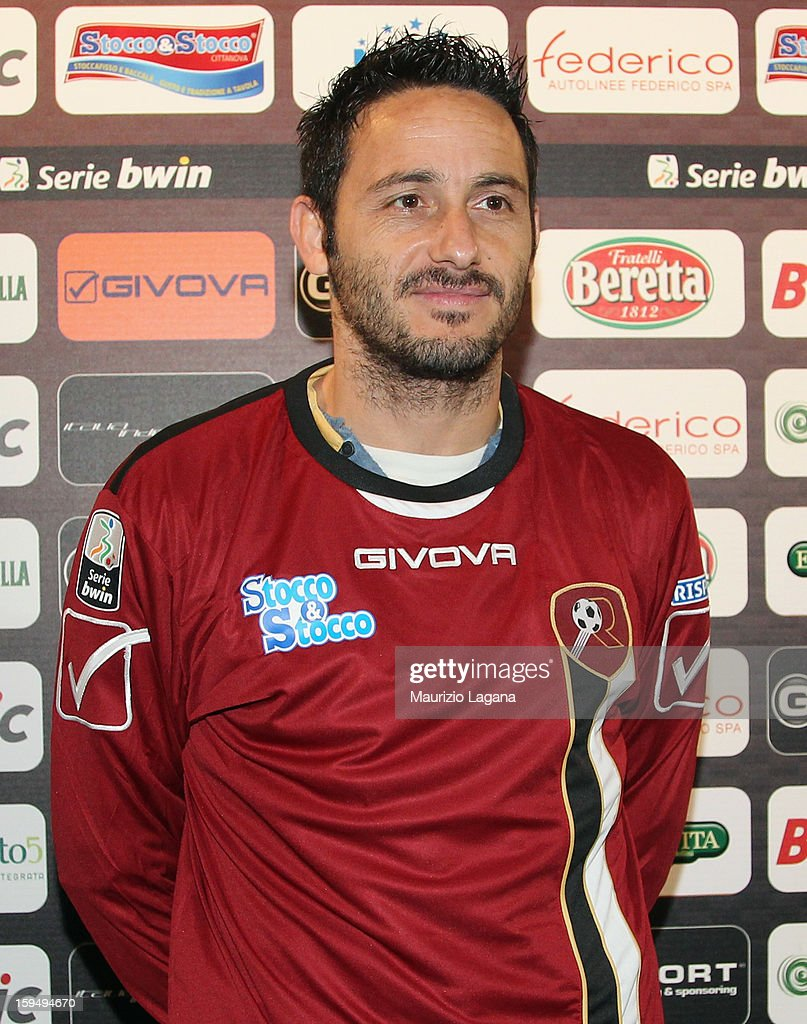 David Di Michele of Reggina poses during his presentation as new player at Oreste Grinillo Stadium on January 14, 2013 in Reggio Calabria, Italy.
