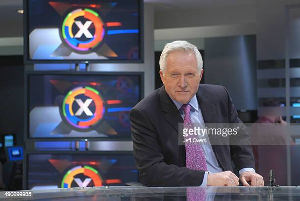 David Dimbleby in during rehearsals in the BBC Election 2005 studio