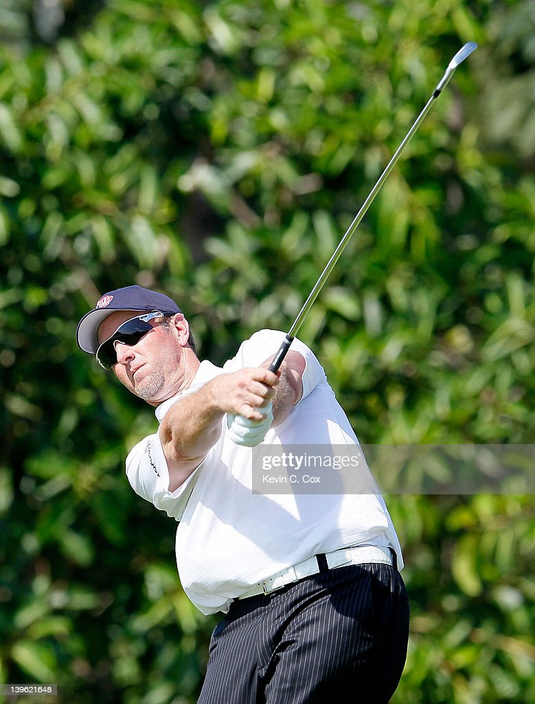 <a gi-track='captionPersonalityLinkClicked' href=/galleries/search?phrase=David+Duval&family=editorial&specificpeople=202132 ng-click='$event.stopPropagation()'>David Duval</a> of the United States tees off the 10th hole during the first round of the Mayakoba Golf Classic at Riviera Maya-Cancún held at El Camaleon Golf Club at Mayakoba on February 23, 2012 in Playa del Carmen, Mexico.
