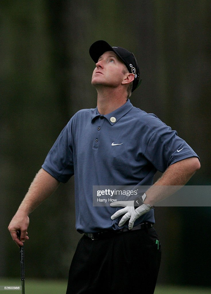 David Duval shows frustration on the seventh tee during the first round of The Masters at the Augusta National Golf Club on April 7, 2005 in Augusta, Georgia.