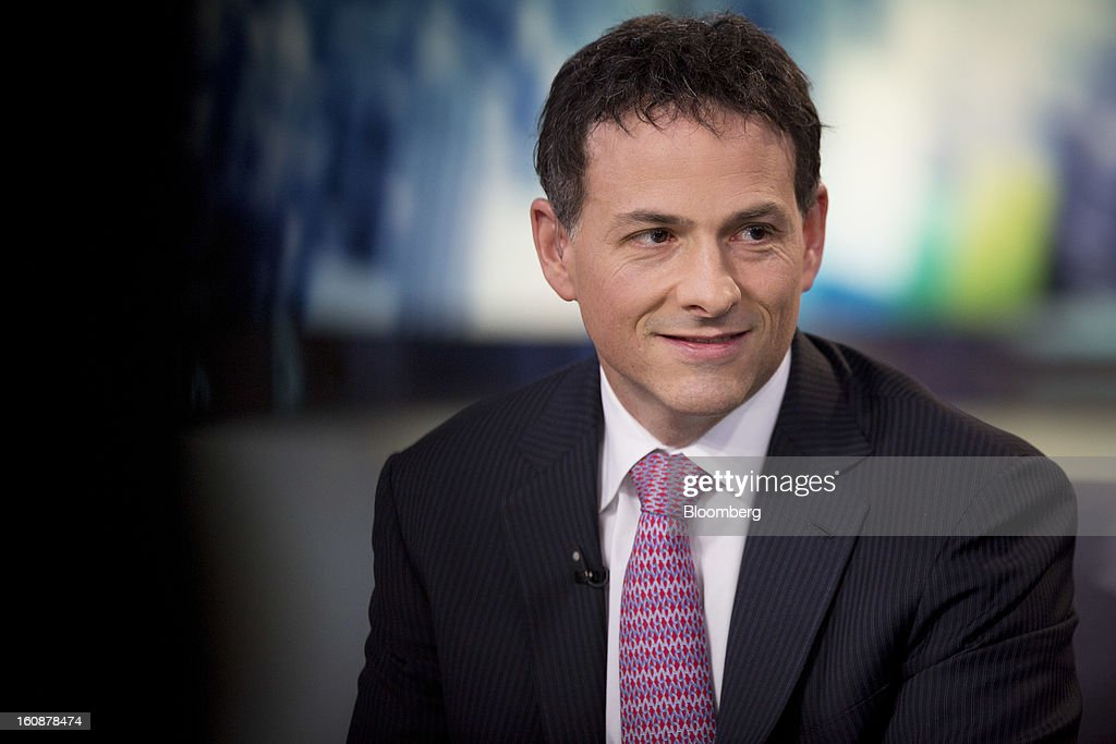 David Einhorn, president and co-founder of Greenlight Capital Inc., pauses during a Bloomberg Television interview in New York, U.S., on Thursday, Feb. 7, 2013. Apple Inc., the world's most valuable technology company, is being urged by Einhorn's Greenlight Capital Inc. to return more of its $137.1 billion in cash to shareholders. Photographer: Scott Eells/Bloomberg via Getty Images