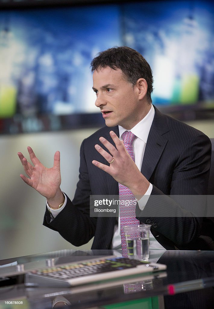 <a gi-track='captionPersonalityLinkClicked' href=/galleries/search?phrase=David+Einhorn&family=editorial&specificpeople=1416803 ng-click='$event.stopPropagation()'>David Einhorn</a>, president and co-founder of Greenlight Capital Inc., speaks during a Bloomberg Television interview in New York, U.S., on Thursday, Feb. 7, 2013. Apple Inc., the world's most valuable technology company, is being urged by Einhorn's Greenlight Capital Inc. to return more of its $137.1 billion in cash to shareholders. Photographer: Scott Eells/Bloomberg via Getty Images