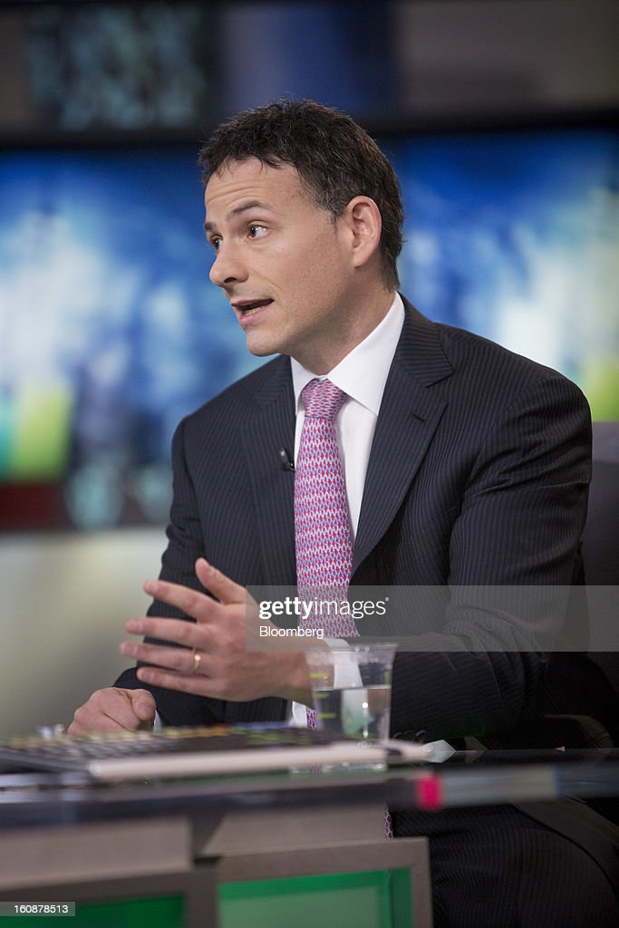 David Einhorn, president and co-founder of Greenlight Capital Inc., speaks during a Bloomberg Television interview in New York, U.S., on Thursday, Feb. 7, 2013. Apple Inc., the world's most valuable technology company, is being urged by Einhorn's Greenlight Capital Inc. to return more of its $137.1 billion in cash to shareholders. Photographer: Scott Eells/Bloomberg via Getty Images