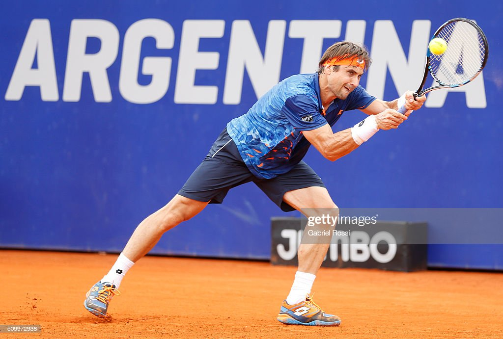 <a gi-track='captionPersonalityLinkClicked' href=/galleries/search?phrase=David+Ferrer&family=editorial&specificpeople=208197 ng-click='$event.stopPropagation()'>David Ferrer</a> of Spain takes a backhand shot during a match between Pablo Cuevas of Uruguay and <a gi-track='captionPersonalityLinkClicked' href=/galleries/search?phrase=David+Ferrer&family=editorial&specificpeople=208197 ng-click='$event.stopPropagation()'>David Ferrer</a> of Spain as part of ATP Argentina Open at Buenos Aires Lawn Tennis Club on February 13, 2016 in Buenos Aires, Argentina.