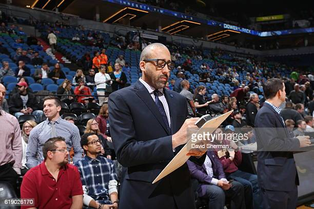 David Fizdale of the Memphis Grizzlies draws up plays before an NBA preseason game against the Minnesota Timberwolves on October 19 2016 at Target...