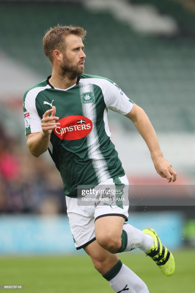 David Fox of Plymouth Argyle during the Sky Bet League One match between Plymouth Argyle and Shrewsbury Town at Home Park on October 14, 2017 in Plymouth, England. (Photo by Matthew Ashton - AMA/Getty Images