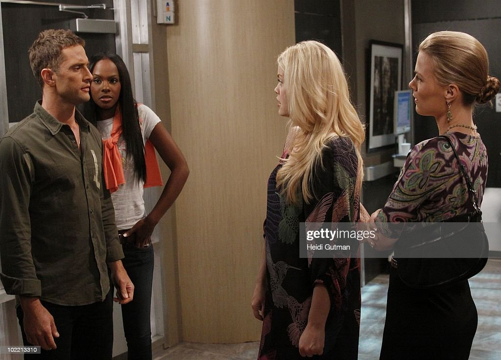 LIVE - David Fumero (Cristian), Tika Sumpter (Layla), Bree Williamson (Jessica) and Gina Tognoni (Kelly) in a scene that airs the week of June 14, 2010 on ABC Daytime's 'One Life to Live.' 'One Life to Live' airs Monday-Friday (2:00 p.m. - 3:00 p.m., ET) on the ABC Television Network. OLTL10 (Photo by Heidi Gutman/ABC via Getty Images) DAVID