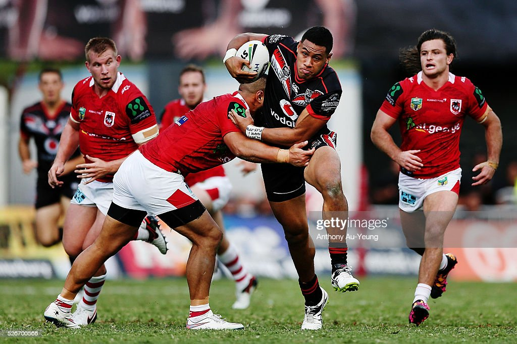 David Fusitu'a of the Warriors on the charge during the round nine NRL match between the New Zealand Warriors and the St George Illawarra Dragons at Mt Smart Stadium on May 1, 2016 in Auckland, New Zealand.
