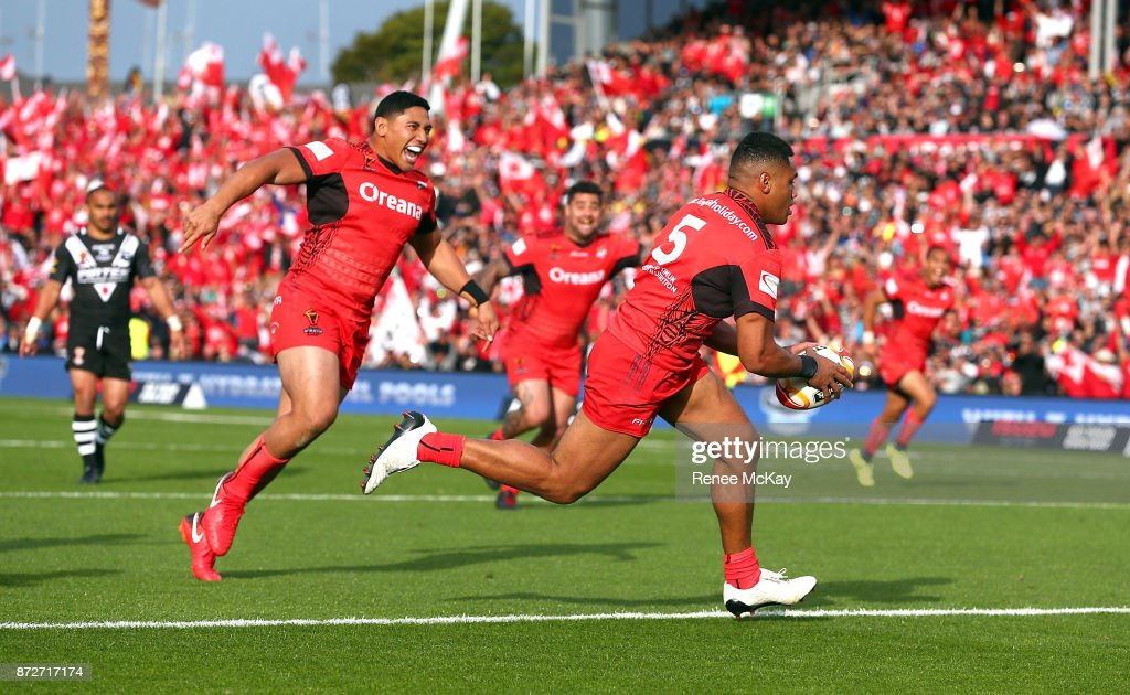 David Fusitua of Tonga scores a try during the 2017 Rugby League World Cup match between the New Zealand Kiwis and Tonga at Waikato Stadium on November 11, 2017 in Hamilton, New Zealand.